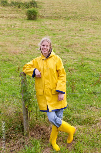 canvas print picture Young, happy countrywoman