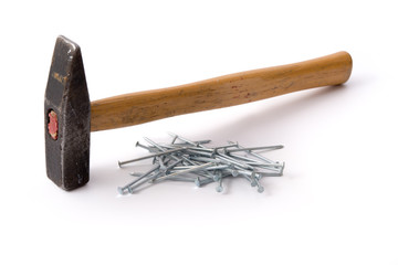 Hammer und Nägel