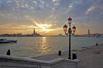 Закат на набережной Венеции