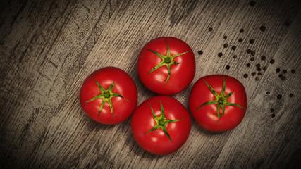 Czerwone, soczyste pomidory