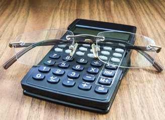 калькулятор и очки