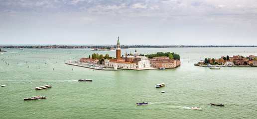 venetian island and speedboats