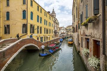city channel in Venezia