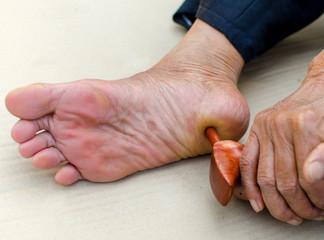 reflexology foot massage, Spa treatment yourself