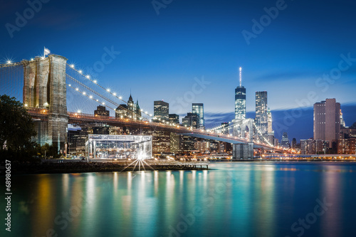 Brooklyn Bridge at blue hour - 68980637