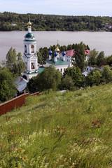 Плес. Варваринская церковь с горы Левитана.