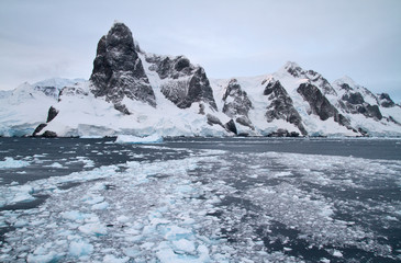 mountain system of the Antarctic Peninsula at the entrance to th