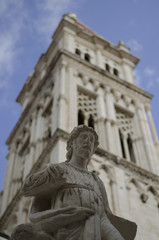 statue in front of trogir cathedral