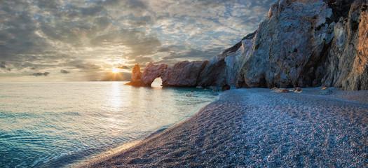 Traumhafter Strand bei Sonnenaufgang