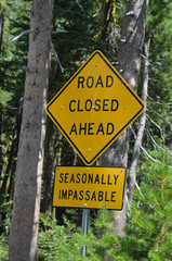 road sign in the Sierra Nevada, California
