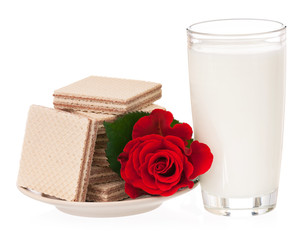 Milk with wafers
