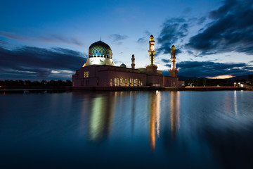 Kota Kinabalu mosque at dawn in Sabah,Malaysia, Borneo