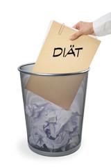 Papierkorb mit Akte - Diät