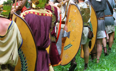 historical reconstruction of a battle and the Roman men
