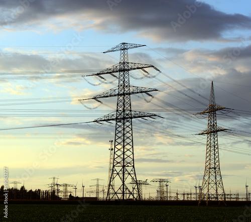 canvas print picture Strommasten zum Energietransport