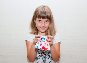girl with colored purse