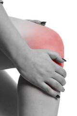 junge Frau mit Schmerzen im Knie