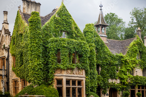 Castle Combe, unique old English village and luxury golf club - 69055051