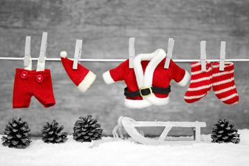 Weihnachtskleidung s/w+rot