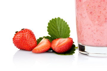 Cropped photo several sliced strawberries leaf juice isolated
