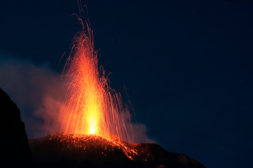Eruption du Stromboli