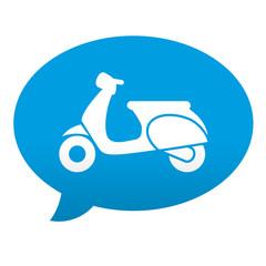 Etiqueta tipo app azul comentario simbolo escuter vista lateral