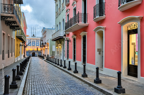Foto op Aluminium Caraïben Street in old San Juan, Puerto Rico