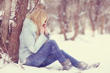 sad girl frozen, winter, cold, stress, park