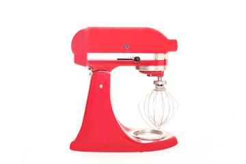 rote Küchenmaschine in der Seitenansicht