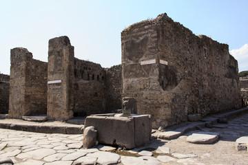 Brunnen in Pompeji - via della fortuna