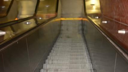 movement on escalators - downstairs