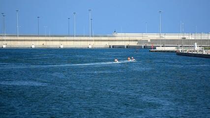 otos de agua en darsena puerto valencia