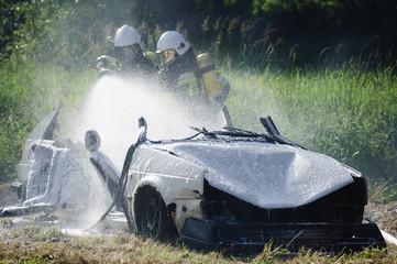 Gaszenie samochodu