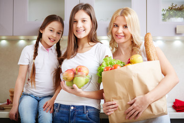 Family with foodstuff