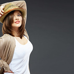 Young woman portrait with hat.