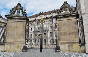Tor zur Prager Burg