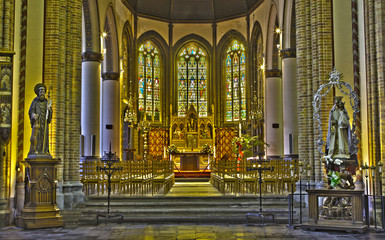 Bruges -  Nave and presbytery of Saint Giles gothic church