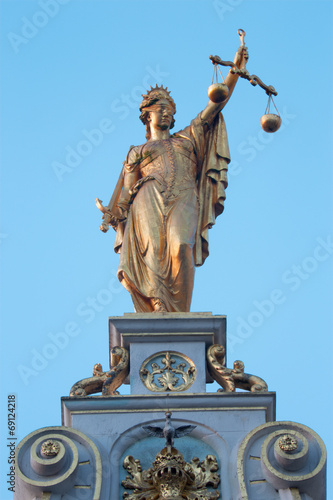 Bruges -  The statue of Justice - Burg square