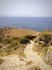 sentiero su capo milazzo, vista isole eolie