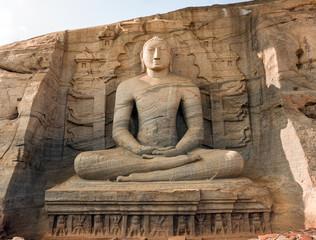 Gal Vihara, Buddha statue