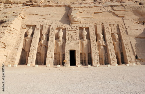 In de dag Egypte The Small Temple of Nefertari. Abu Simbel, Egypt.