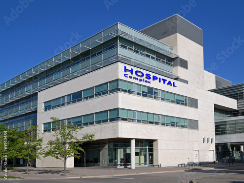 hospital style building - 69140464