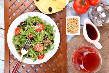 Fresh salad with arugula, close up