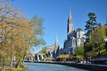 Upper church in Lourdes