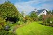 Gartenanlage mit Haus