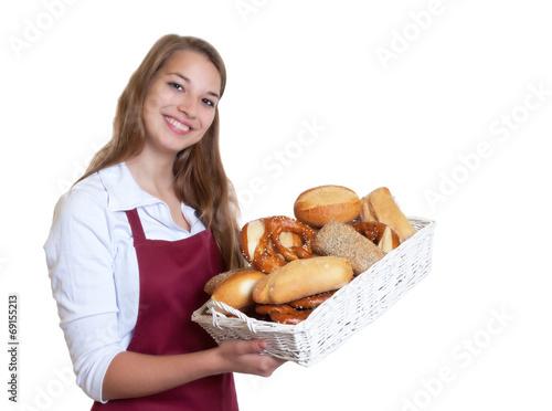 Blonde Bäckereiverkäuferin mit Brotkorb - 69155213