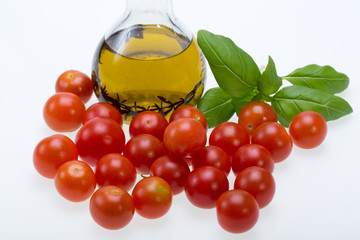 Basil, tomatoes and olive oil with the thyme