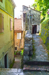 The hilly backstreet