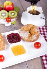 Gesundes Frühstück mit Obst