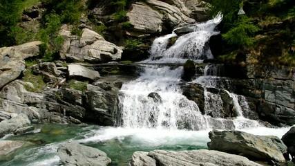 Lillaz Wasserfall vid 02